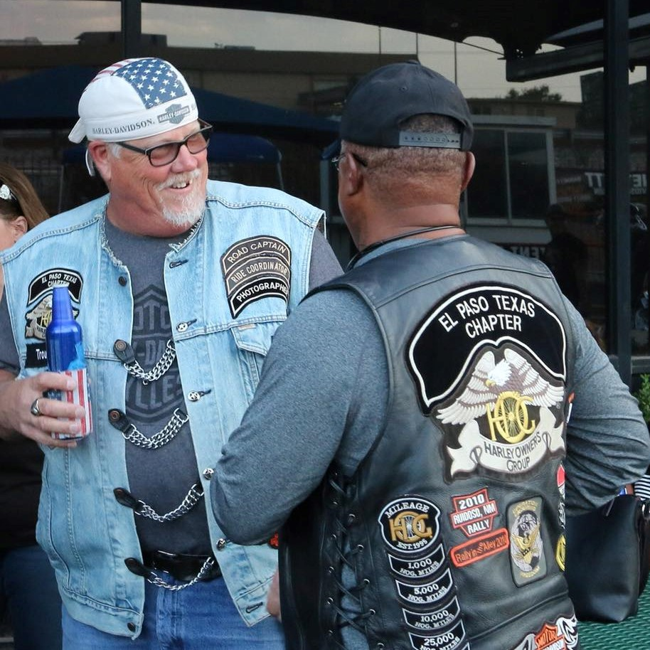 El Paso HOG members hanging out